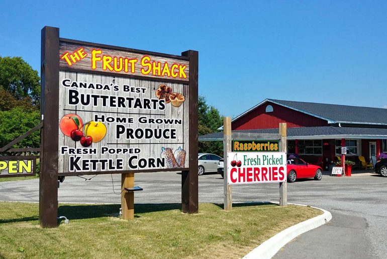 The Fruit Shack in Niagara-On-The-lake is a favourite place for Roguetrippers to get butter tarts.