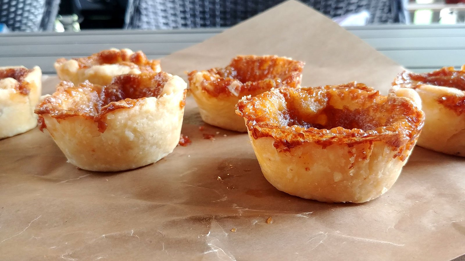 Roguetrippers butter tart quest lead them to the Grove Farm Shop