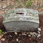 Roguetrippers travelled to Mark Twain's Grave in Elmira, New York