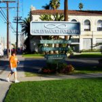 Roguetrippers visit Hollywood Forever Cemetery Offbeat travel
