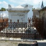 New Orleans Travel cemetery rogue trippers